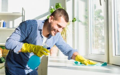 Cleaning Your Windows While in Quarantine
